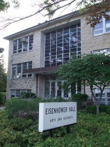 Kansas_State_University_Eisenhower_Hall