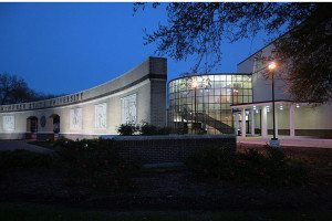 Shearman_Fine_Arts_Center,_McNeese_State_University
