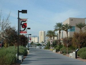 Walkway_University_Las_Vegas
