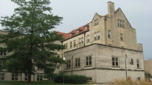 Eastern_Illinois_University